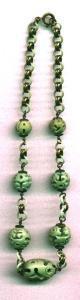 Czechoslovakian celluloid necklace (Image1)