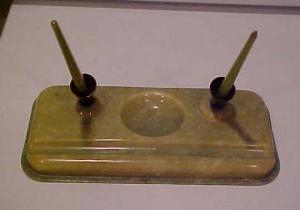 Green Bakelite inkwell (Image1)