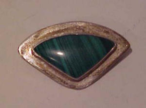 Mexican silver pin with stone center (Image1)