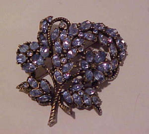 Hollycraft lt blue rhinestone pin 1953 (Image1)