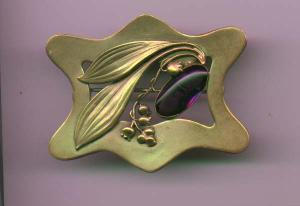 Art Nouveau brass and amethyst glass sash ornament brooch (Image1)