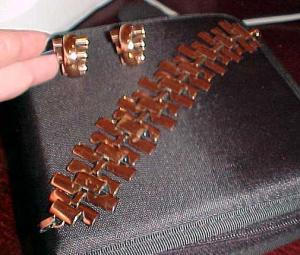 Renoir copper link bracelet and matching earrings (Image1)