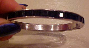 Art Deco bangle with black rhinestones (Image1)