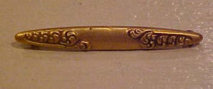 Delicate gold filled victorian bar pin (Image1)