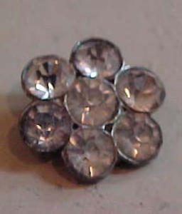 Rhinestone button set in pot metal (Image1)
