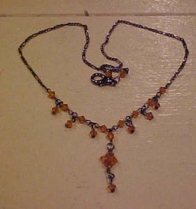 Necklace with topaz colored beads (Image1)