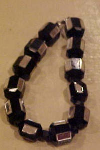 Black and mirror bead bracelet (Image1)