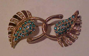 Coro 1940's double leaf pin with rhinestones (Image1)