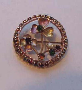 Clover pin with rhinestones (Image1)