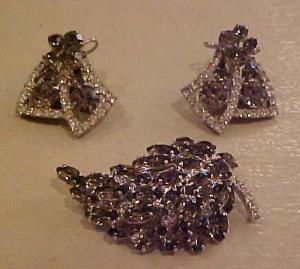 Smoke & Clear rhinestone pin & earrings (Image1)