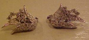 Jomaz retro style flower rhinestone earrings (Image1)
