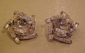 large swirling rhinestone earrings (Image1)