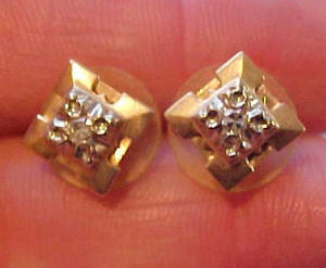 14k earrings with diamonds (Image1)