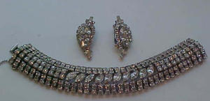Large rhinestone bracelet and earrings (Image1)