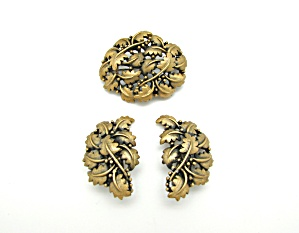 Tortolani Leaf Design Brooch & Earrings (Image1)