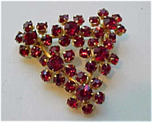 Red rhinestone pin (Image1)