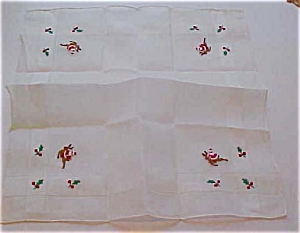 Handkerchief with santa and reindeer (Image1)