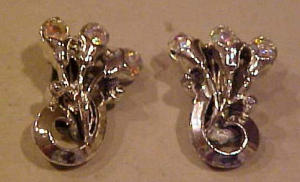 Silvertone tulip earrings w/ab rhinestones (Image1)