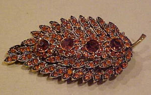 Hollycraft orange rhinestone leaf pin Large! (Image1)