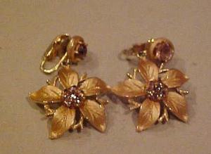 Dangling flower earrings w/rhinestones (Image1)