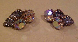 Dangling rhinestone earrings ab & blue (Image1)