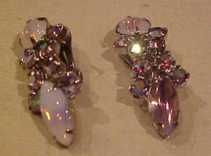 Lavender aurora borealis rhinestone earrings (Image1)