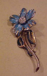 Deja enameled flower pin with rhinestones (Image1)