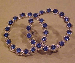 Double circle blue rhinestone pin (Image1)