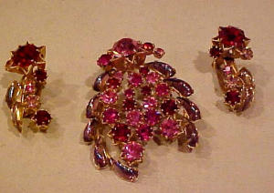 Red/Pink/AB Rhinestone pin/earring set austri (Image1)