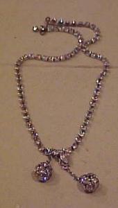 Dainty rhinestone necklace w/dangling rhondel (Image1)