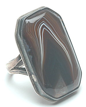 Sterling victorian ring w/agate denornus (Image1)