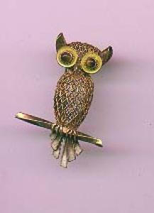 Silver owl pin with tiger's eye eyes and enameling (Image1)