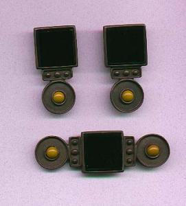 black glass and mustard color glass pin and earrings (Image1)