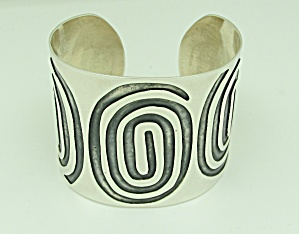 Engraved Sterling Silver Cuff (Image1)