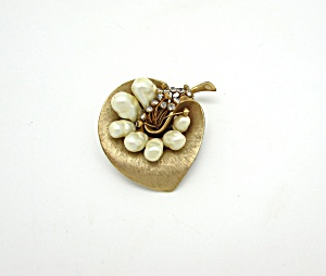 Marvella Leaf Pin W/faux Pearls