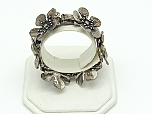 Articulated Flower Bracelet (Image1)