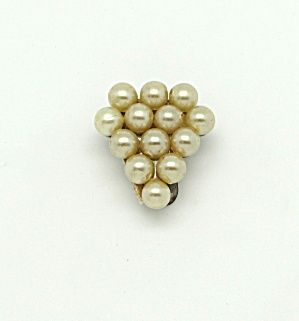 Faux Pearl Dress Clip (Image1)