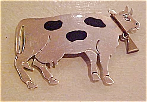 Sterling silver cow pin (Image1)
