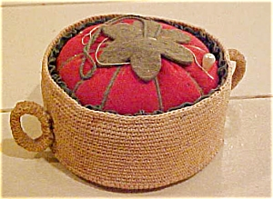 Pin cushion in woven basket (Image1)
