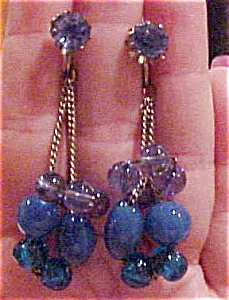 Blue glass bead earrings (Image1)