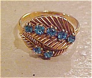 Sarah Coventry ring (Image1)