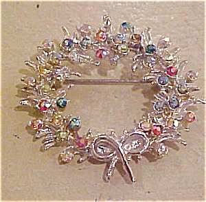 Wreath pin with rhinestones (Image1)