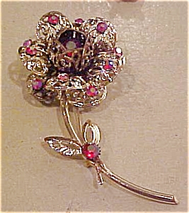 Sarah Coventry Pin with rhinestones (Image1)
