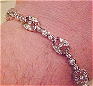 Contemporary deco style bracelet (Image1)