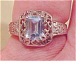 Sterling filligree ring w/blue stone (Image1)