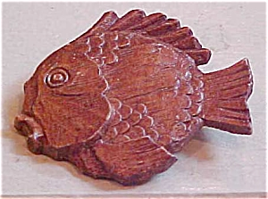 Fish pin (Image1)
