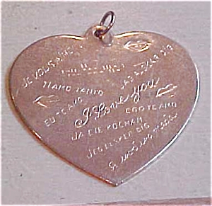 Heart charm that says I Love You (Image1)