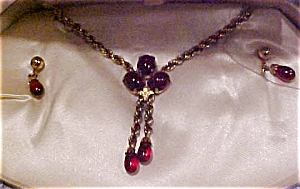 Van Dell necklace and earring set (Image1)