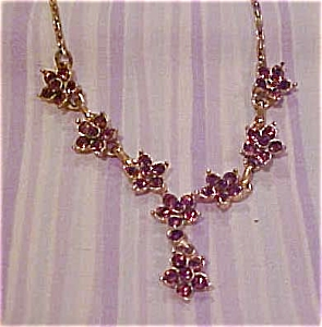 Flower necklace with purple rhinestones (Image1)