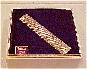 Anson tie bar in box (Image1)